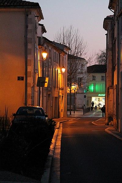 17700 Surgères, France