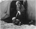 18-year old mother from Oklahoma now a California migrant - NARA - 195857.tif