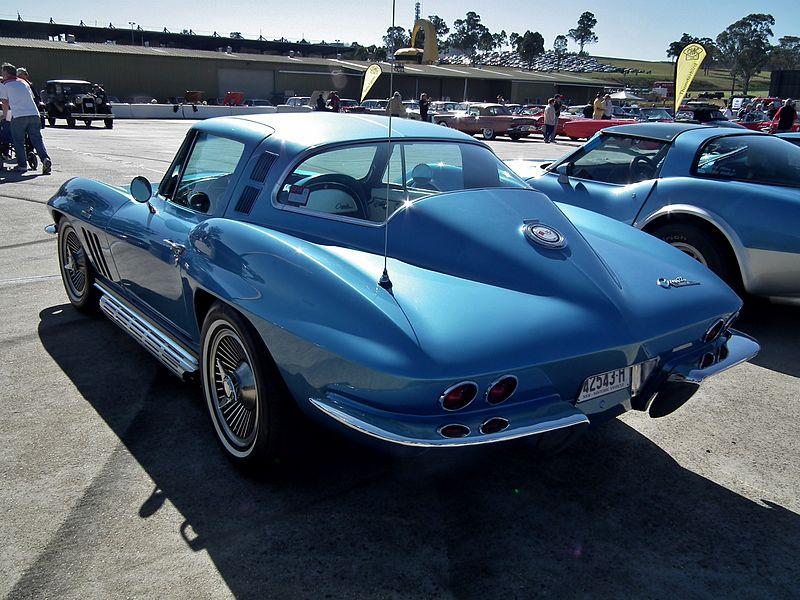 File:1965 Chevrolet C2 Stingray coupe (9598996710).jpg