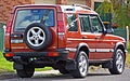 1998 Land Rover Discovery II V8 5-door wagon (2010-07-21) 02.jpg