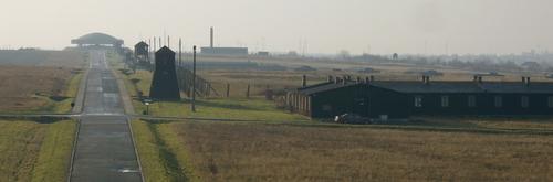 2003-11 KZ Majdanek.png