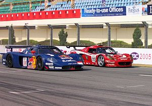 2005 FIA GT Championship - A JMB Racing Maserati MC12 and an Amprez Motorsports Lotus Exige at the Zhuhai round of the 2005 FIA GT Championship
