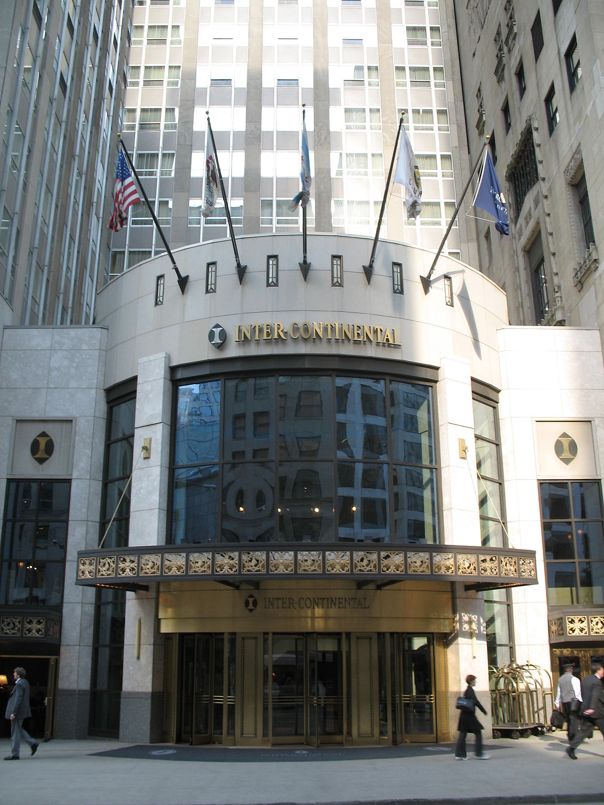 Intercontinental chicago magnificent mile wikipedia for Hotel chicago hotel
