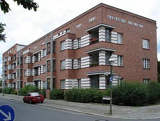 Berlin Modernism Housing Estates - Image: 20080715 14995 DSC01769 Siedlung Schillerpark Bristolstraße 5 bis 1