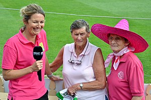 England women's cricket team - England World Cup stars (L-R) Charlotte Edwards, Lynne Thomas and Enid Bakewell, photographed at North Sydney Oval during the 2017–18 Women's Ashes Test