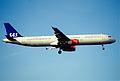 219ai - Scandinavian Airlines Airbus A321-232, LN-RKI@LHR,31.03.2003 - Flickr - Aero Icarus.jpg