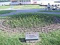 88 ruža i 40 breza za Tita 28-06-2005 - panoramio.jpg