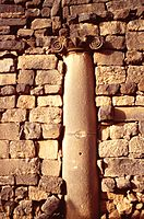 A05 Bosra-Via colonnata 386.jpg