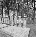 Aanzicht grafstenen - Veendam - 20365187 - RCE.jpg