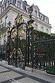 Abercrombie & Fitch, 23 Avenue des Champs-Élysées, 75008 Paris, October 2017.jpg