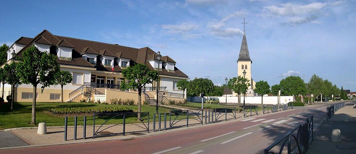 Ville De Champagnole Dans Le Jura La Rue Voltaire