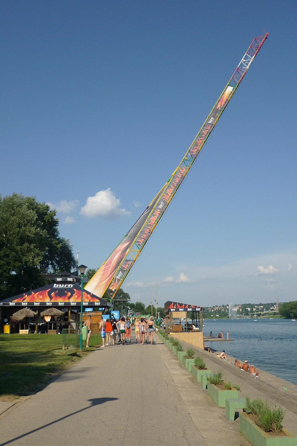 Ada Ciganlija bungee jumping