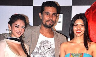 Aditi Rao Hydari - Hydari with Randeep Hooda and Sara Loren at Murder 3 promotions in 2013