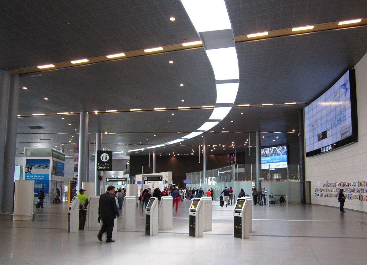 Aeropuerto internacional el dorado wikipedia la for Direccion ministerio del interior bogota
