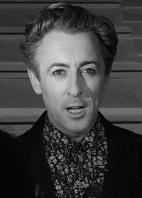 Alan Cumming cropped.jpg