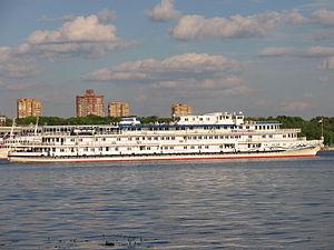 Alexandre Benois in North River Port 9-jun-2012 10.JPG
