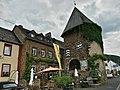 Alken(Untermosel) Moselstraße 15 Gasthaus + Runder Turm 001.jpg
