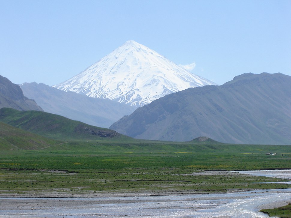 Almighty Damavand دماوند پوشیده ازبرف ازدوراهی معدن کمردشت - panoramio