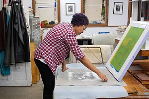 Andrea Chung - Image: Andrea Chung in the studio