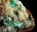 Annabergite-Smithsonite-tuc1039e.jpg