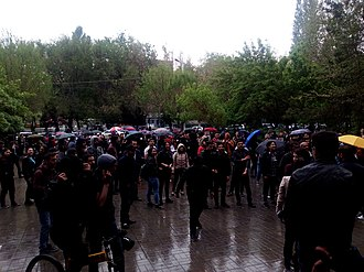 2018 Armenian revolution - Protesters calling on students and teachers to join the demonstrations