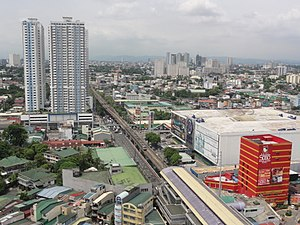 Aurora Boulevard cor G. Araneta Ave with V. Mapa Station and SM City Sta. Mesa (Philippines)(2015-0703).jpg