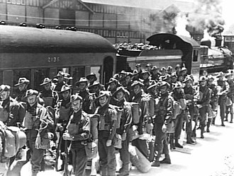 2/15th Battalion (Australia) - Signallers from the 2/15th Battalion prior to embarkation on the Queen Mary in Sydney, December 1940