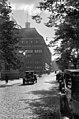 Autoja Mannerheimintiellä - N40796 - hkm.HKMS000005-000004sw.jpg