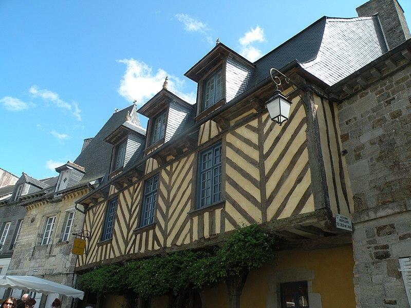 Bécherel Hostellerie de l'Écu de Laval.jpg