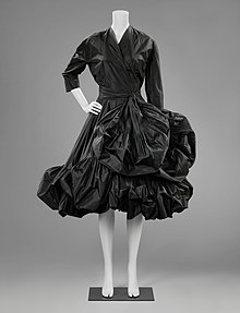 BK-1986-58 - Cocktail gown (1951) probably designed by Cristóbal Balenciaga.jpg