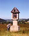 Bachledzki Wierch, lipiec 1995, wayside shrine.jpg