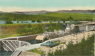 National Register of Historic Places listings in Hood River County, Oregon - Image: Bailey Gatzert in Cascade Locks circa 1915