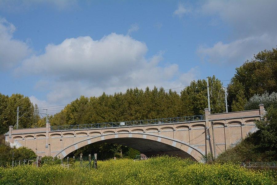 Bakstenen boogbrug, Denderleeuw