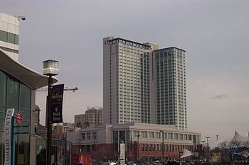 English: Baltimore Marriott Waterfront Hotel