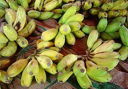 Bananas � venda num mercado, na Ilha de Reuni�o.
