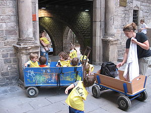 Barcelona - kindergarten children3.jpg