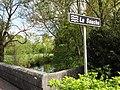 Barenton-sur-Serre (Aisne) rivière La Souche, plaque.JPG