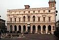 Bergamo piazza raddrizzata.jpg