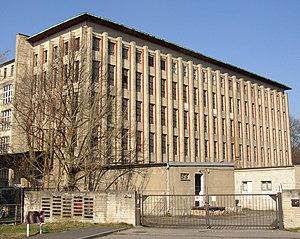 Johann Friedrich Höger - Garbáty cigarette factory in Berlin-Pankow