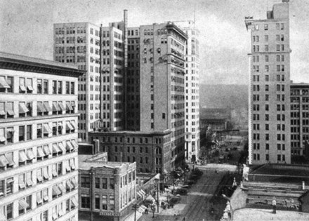 The developing skyline of Birmingham in 1915 Birmingham Alabama skyline 1915.jpg