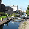 Birmingham and Fazeley Canal at Lock No 22, Aston - geograph.org.uk - 996292.jpg