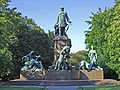Bismarck-Nationaldenkmal.JPG
