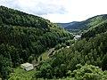 Blick von der Talsperre auf Schönbrunn bei Frauenwald - Rennsteig - Thüringer Wald - panoramio.jpg