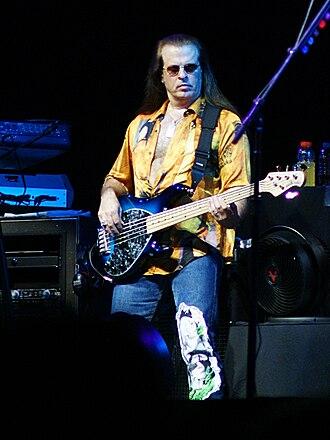 Bob Birch - Birch performing in 2009