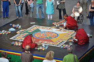 Cakrasaṃvara Tantra -  Cakrasaṃvara sand mandala, Bochum, 2011