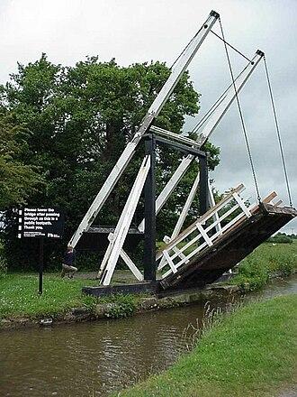Llangollen Canal - Wrenbury Church lift bridge is one of three in the village.