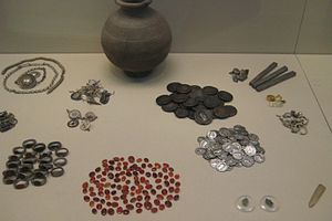 Snettisham Jeweller's Hoard - Pot and some of the contents from the Snettisham Jeweller's Hoard, discovered in 1985.