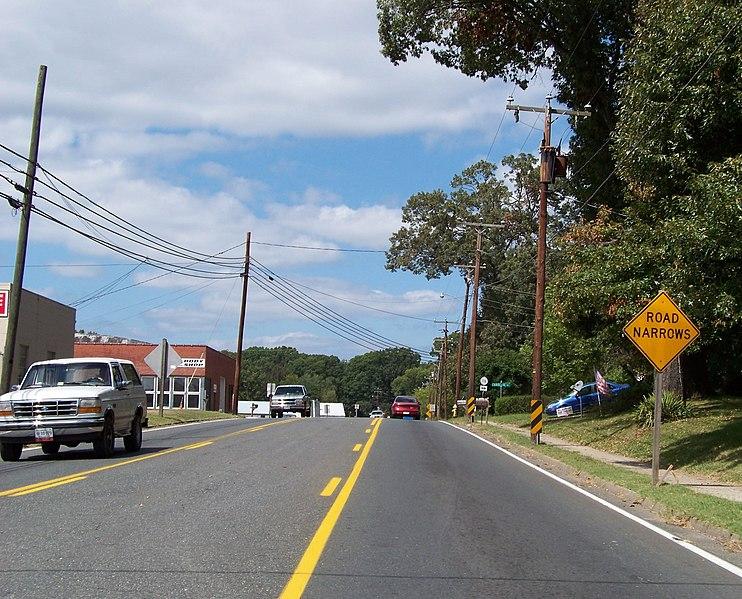 File:Brookneal, VA 24528, USA - panoramio.jpg