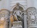 Buc Statuie Casa Cu Pravalie.jpg
