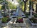 Bucuresti, Romania. Cimitirul Bellu Catolic. Unul din cele 7 morminte care fac minuni. (2).jpg
